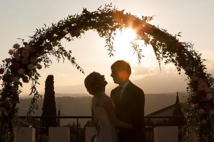 Une belle suédoise et un charmant français se marient au château de Cremat à Nice. Ambiance provençale et douceur de la rivièra