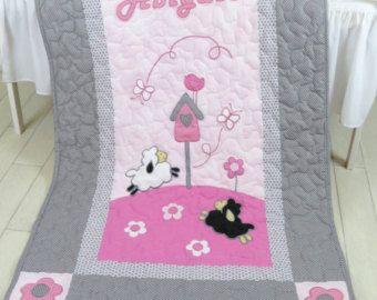 Rosa ropa de cama orgánica infantil, manta de cuna personalizado cordero, de bebé gris