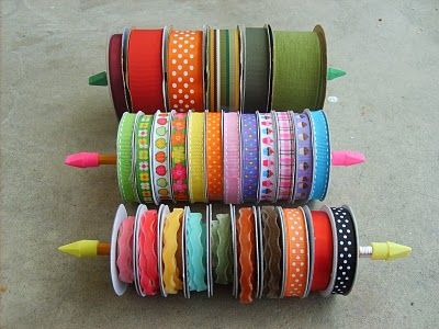 5 Minute Ribbon Organizers - using pencils and erasers!