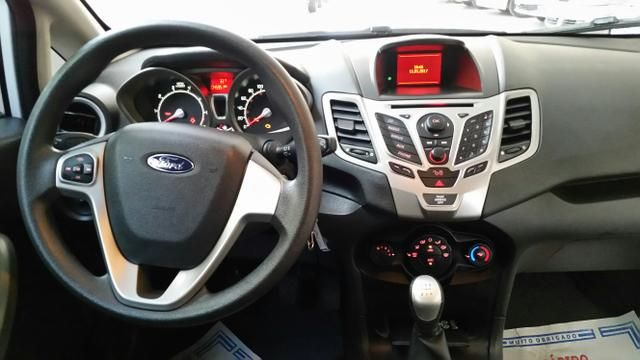 Ford fiesta sedan se 1.6 flex 4p