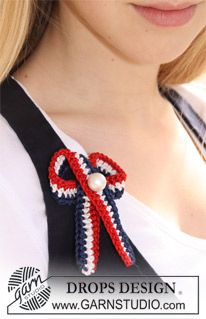 "Free pattern! Crochet DROPS 4th of July bow in ""Cotton Viscose"" with decorative pearl."
