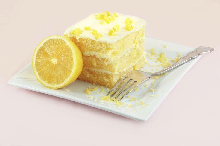 Κέικ+λεμονιού+με+λεμωνάτη+κρέμα+τυριού