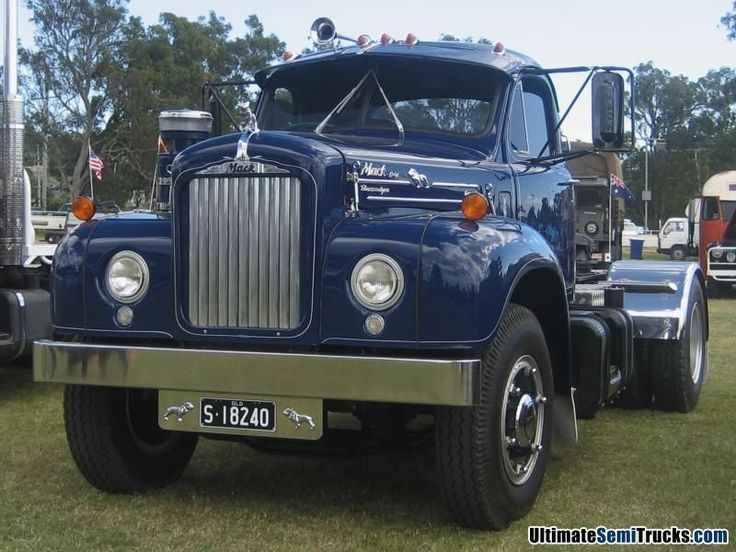 old trucks for sale | Ultimate Semi Trucks .com Images Classic B Model Mack. Heritage Truck ...