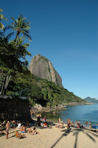 pinterest.com/fra411 #places - Praia Vermelha, Urca, Rio de Janeiro, Brasil