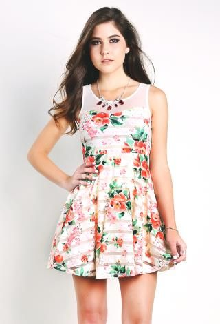 Floral Flare Dress W/Necklace | Shop Night Out at Papaya Clothing