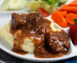 Slow Cooked Tri Tips & Gravy with Mashed Potatoes | FRESH HARVEST BLOG