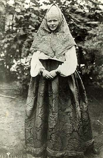 Peasant woman from Kostroma, Russia