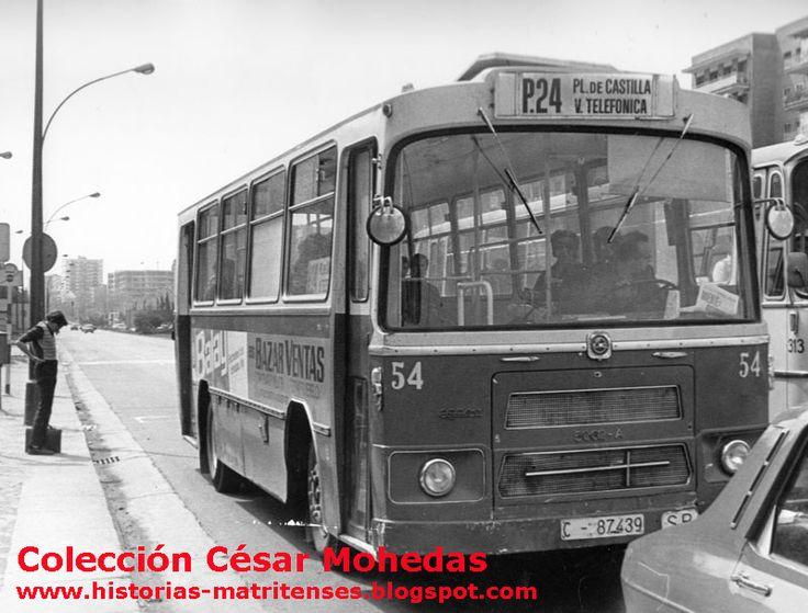 Autobús P-24 en el Pº de la Castellana, al fondo la Plaza de Castilla. Colección César Mohedas  Read more: http://historias-matritenses.blogspot.com/2011/10/las-lineas-perifericas-de-autobuses-de.html#ixzz4CVwmhIB2