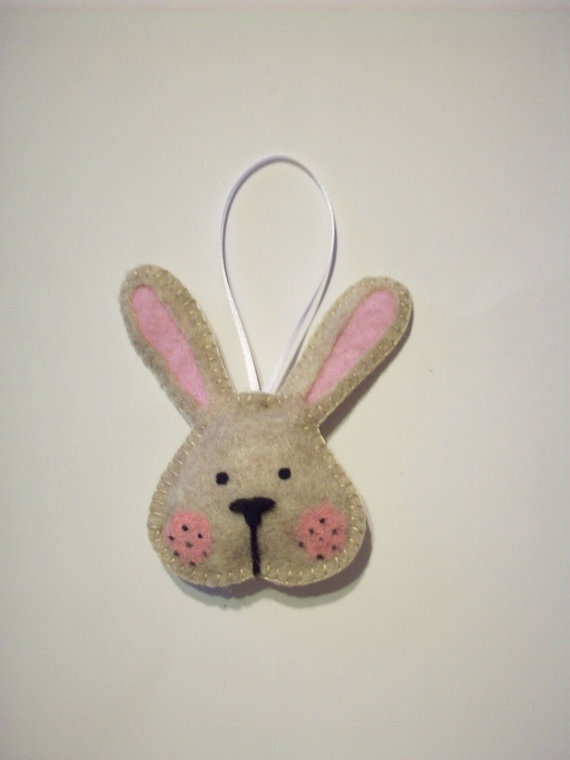 Felt Bunny Rabbit Ornament by AmandasCraftyNiche on Etsy, $4.50