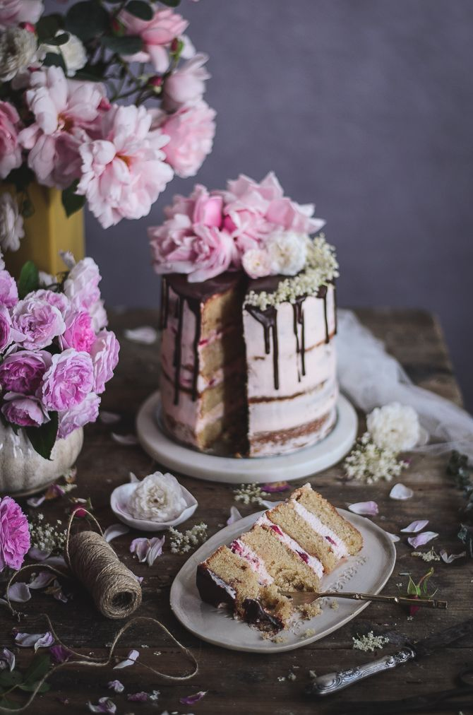 Almond, orange blossom & cardamom naked cake with strawberries and vanilla mascarpone cream