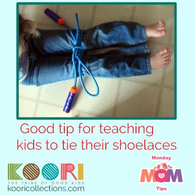At 4 years old is a good time to start teaching your toddler to tie his shoe laces, by this time they have develop fine motor skills that will help them achieve it.    At first, this is very difficult for them but with practice you will be surprise how fast they can learn.   #OurMondayMomtip is on how to teach them using a jump rope, with this technique they get a good close up of what is going on and how they have to tie it in their shoe.  #toddlers #teaching #toddlers