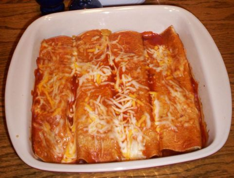 These chicken enchiladas are fast, easy to make, and pack a whopping 52 grams of muscle building protein!Serve 'em to your friends at your next get together and listen to them rave about the goodness. They will never know they are easy on the waistline!BTW - These taste even better as leftovers.