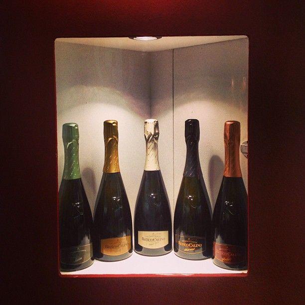 "Pronti, partenza...via! #Vinitaly #vinitaly2013 #vinitaly13 #vino #wine #bottiglie #bottles #franciacorta #brut #satèn #nature #rosé #millesimato #vintage #winelovers #lovewine #appassionati #bollicine #sparklingwine #metodoclassico #expo #fiera #instalove #instaitalia #italy #italia #picoftheday"""