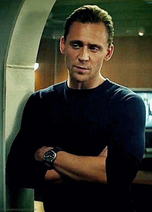 Tom Hiddleston, x