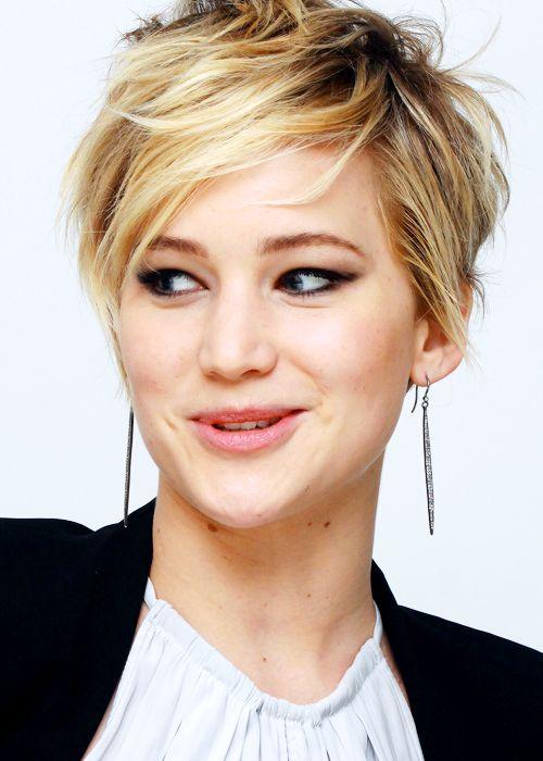 Jennifer Lawrence's messy pixie
