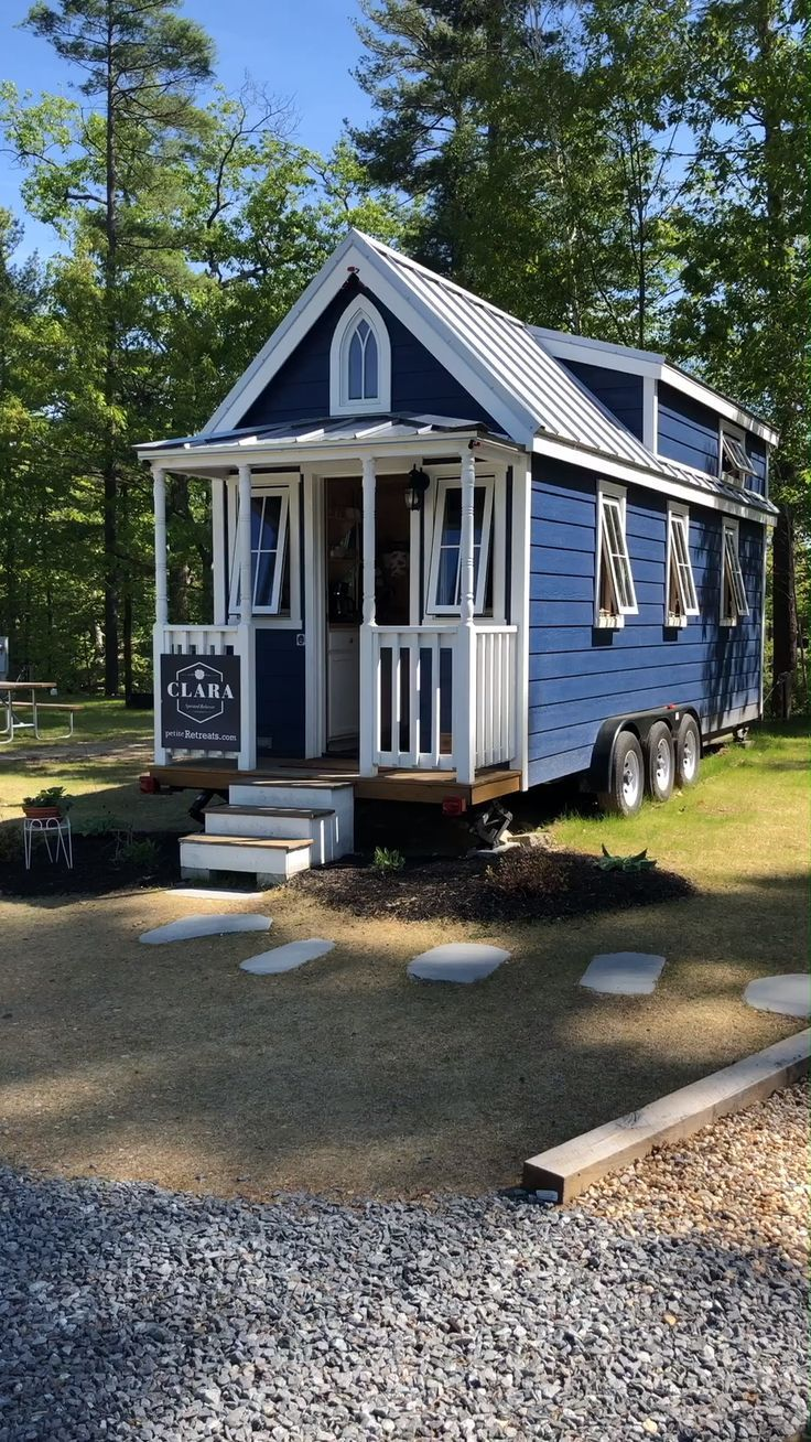 Tiny House Tour Of Clara Tiny Home On Wheels Architecture
