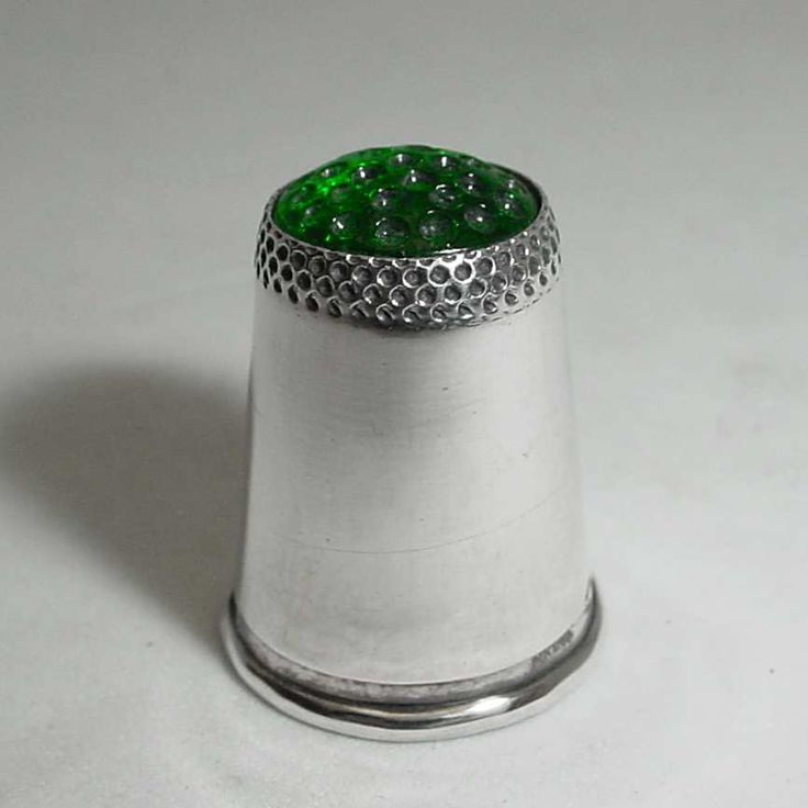 "VINTAGE GEORG JENSEN THIMBLE WITH GREEN TOP, STERLING SILVER. Condition: fine vintage, preowned Year: after 1945 Size:  7/8"" high"