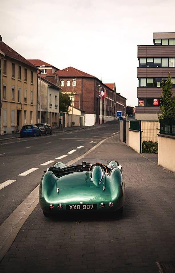 Aston Martin DBR1 on www.in2motorsports.com