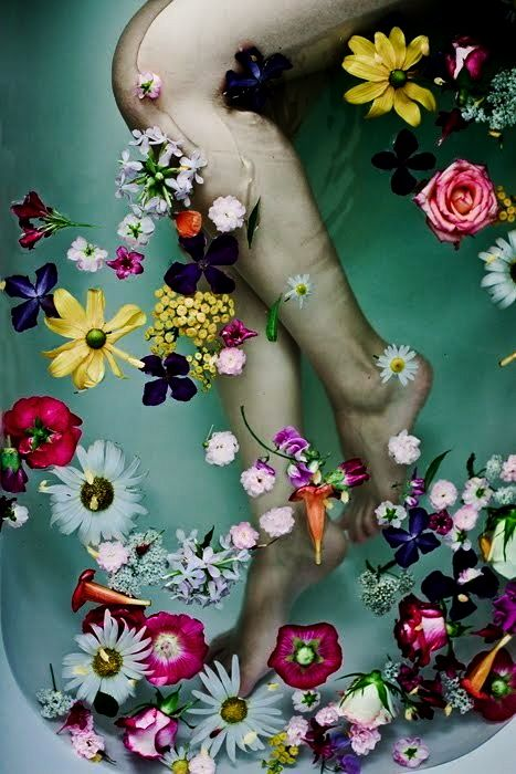 #bazaarflowers Art and flowers inspired by Ophelia