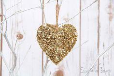 hoe je een gouden hart ornament, kerstversiering, ambachten, seizoensgebonden vakantie decor maken