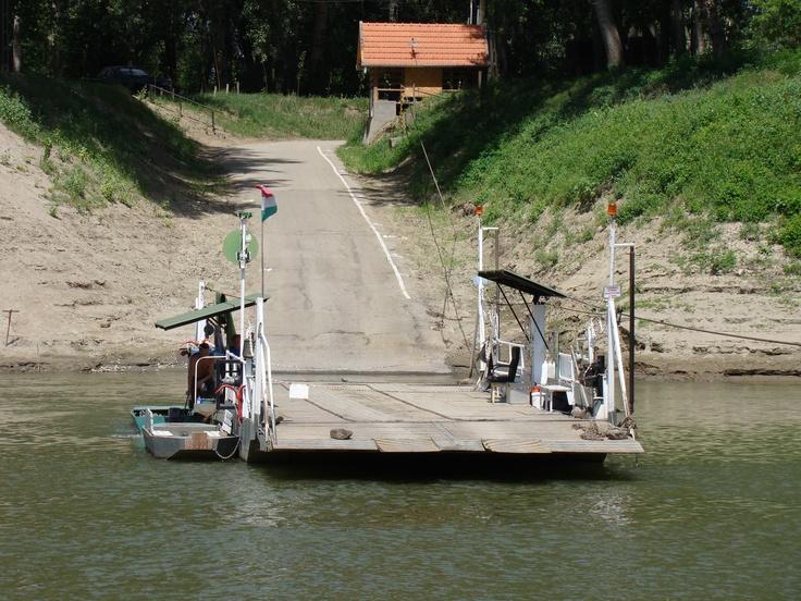 Veerpont over de #Tisza rivier in #Hongarije