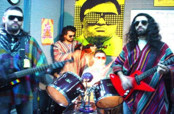 Reynolds: Το συγκρότημα με αρχηγό ένα άτομο με σύνδρομο down (βίντεο) http://down-syndrome.gr/stories/item/67-reynolds