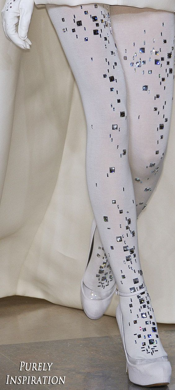 Stéphane Rolland FW2010 Haute Couture | Purely Inspiration