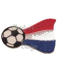 Opstrijkbare applicatie voetbal met Nederlandse vlag