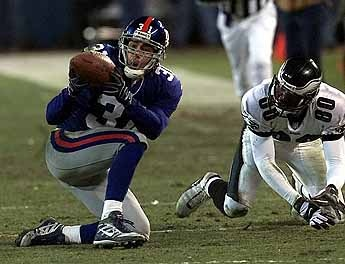 Who could forget #NYG CB, Jason Sehorn's crazy INT vs. the Eagles in 2000 divisional playoffs?