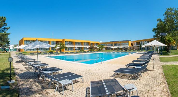 Hotel Vila Park Santo André Enjoying natural surroundings of green woodlands, Hotel Vila Park is situated between Sines and Santiago do Cacém. Just a 10-minute drive from the local beaches, this certified eco-friendly hotel offers an extensive outdoor pool.