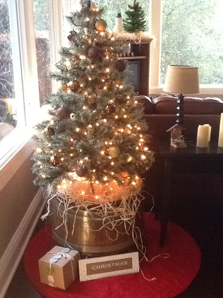 Best tree stands images on pinterest christmas