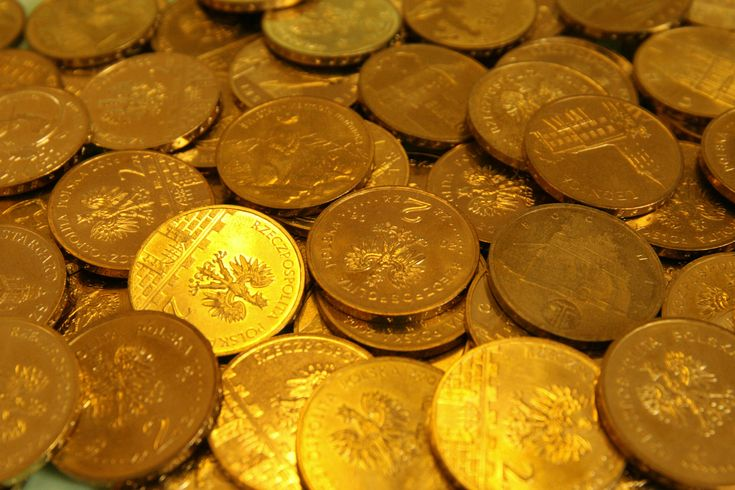 banks who sell gold coins for investment purposes gold is