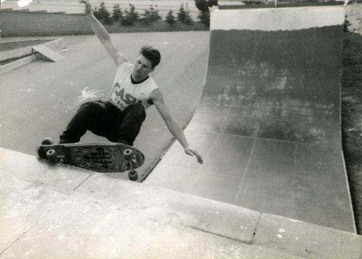 Old Testatment of Skateboarding in Czech Republic, Prkýnka na maso jsme uřízli, published in 2013