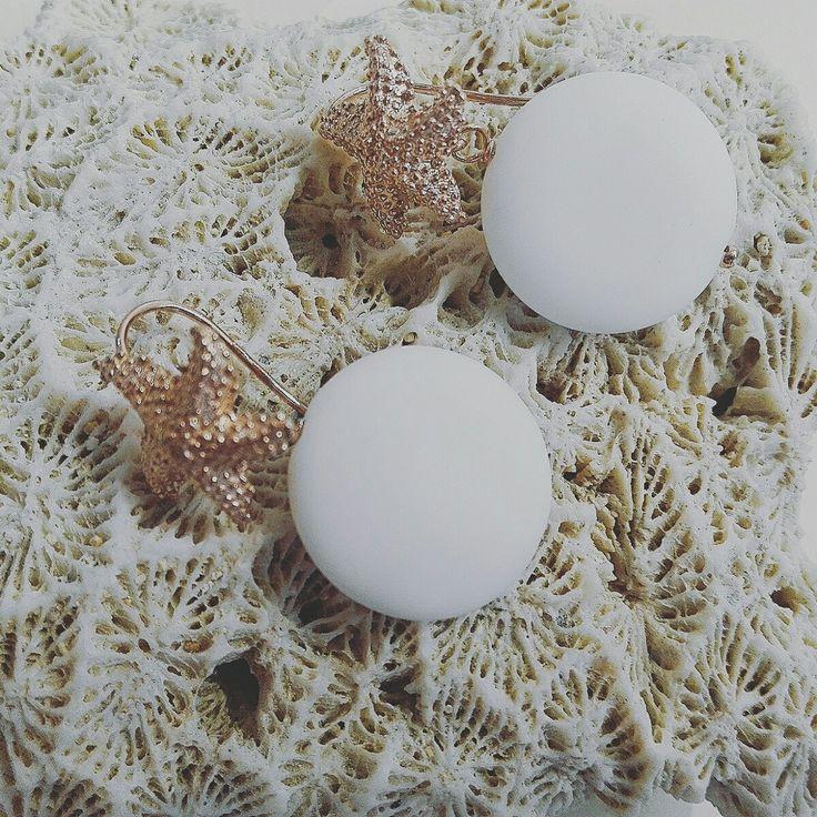 Orecchini Collezione Estate 2017 in argento 925/000 e agata bianca satinata.