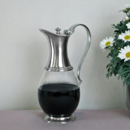 Pewter & Glass Jug with Lid - Height: 25 cm (9,8″) - Food Safe Product - #lidded #pitcher #jug #lid #pewter #glass #caraffa #brocca #coperchio #peltro #vetro #krug #deckel #zinn #glas #étain #etain #verre #pichet #peltre #tinn #олово #оловянный #tableware #dinnerware #drinkware #table #accessories #decor #design #bottega #peltro #GT #italian #handmade #made #italy #artisans #craftsmanship #craftsman #primitive #vintage #antique