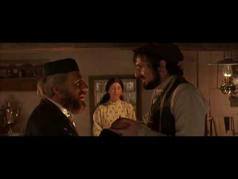 SABBATH UNIT: Fiddler On The Roof - Sabbath Prayer Show this to the children, to show them the challah covering, the mother's prayer, the blessing of the children--the preparations on Friday evening in a Jewish family.