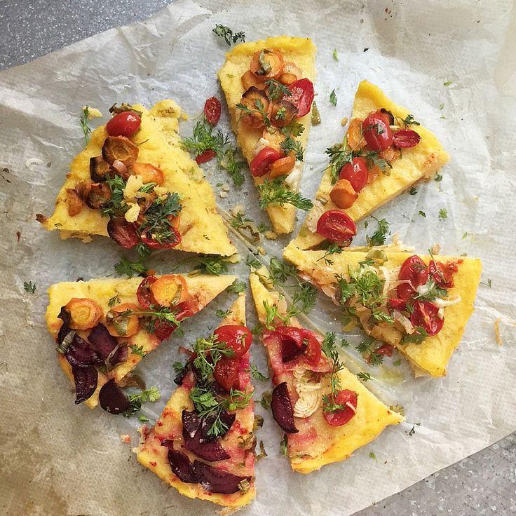 Pizza de polenta - Receta Green Mama x YUKI Matcha