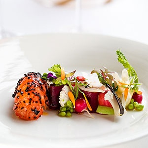 Perched on the edge of the magnificent Jamison Valley and overlooking the World Heritage listed Blue Mountains National Park is Darleys Restaurant. Located inside the luxurious Lilianfels Resort & Spa, the one-hated restaurant has a long tradition of impressing guests with its fine dining menu.