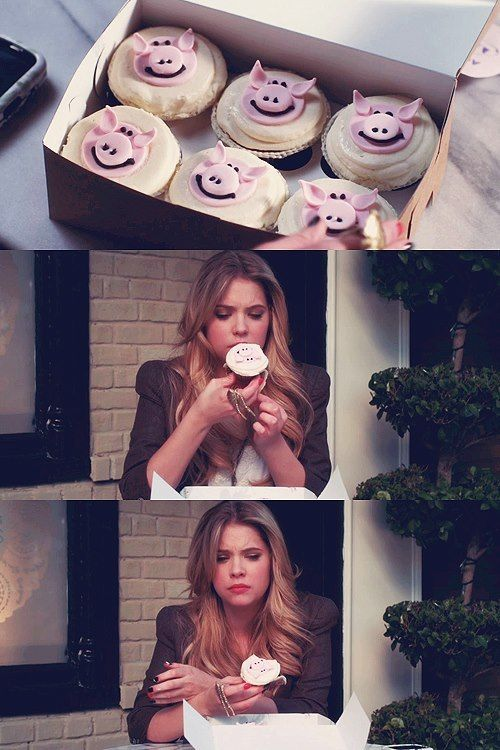pretty little liars Hanna and Shea eat a cupcake here piggy piggy honk if your fat - A