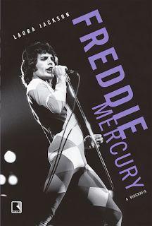 Ele era humano. Ele era um personagem. Ele se tornou imortal. Só existiu um Freddie Mercuy. Celebremos isso. No Literatura de Mulherzinha, lançamento da Editora Record: Freddie Mercury, a biografia – Laura Jackson http://livroaguacomacucar.blogspot.com.br/2015/05/cap-1033-freddie-mercury-biografia.html