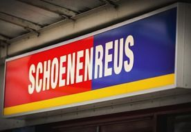 29-Jan-2015 11:01 - 'FAILLISSEMENT SCHOENENREUS AANSTAANDE'. Aan een faillissement van winkelketen Schoenenreus valt vrijwel zeker niet te ontkomen. Dat zei bewindvoerder Bas van Dooren donderdagochtend...