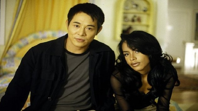 http://b.myplex.tv/RomeomustDiE    Romeo Must Die is a 2000 martial arts romantic drama film directed by Andrzej Bartkowiak. Starring Jet Li, Aaliyah, Anthony Anderson, Delroy Lindo, Isaiah Washington, Russell Wong, and features action and fight choreography by Corey Yuen.
