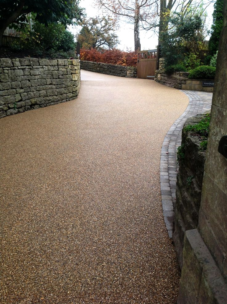 Shared Access Driveway in Resin and Blocks