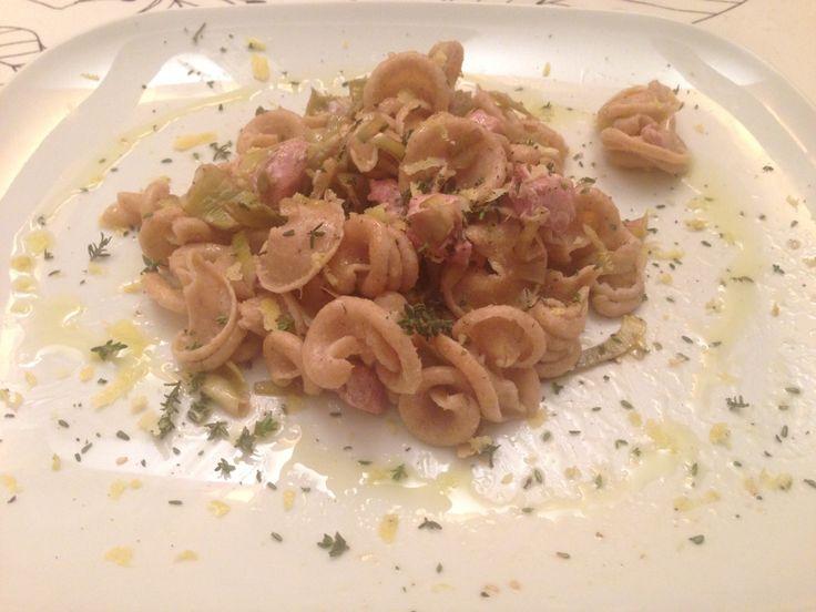 Campanelle integrali con #carciofi, #tonno fresco, #timo e #limone #food #ricette #mangiaresano http://www.mynotestyle.com/2014/03/campanelle-integrali-con-carciofi-e.html