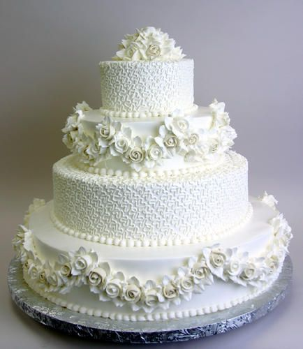 White rose garlands and pearls. (Konditor Meister Elegant Wedding Cakes)