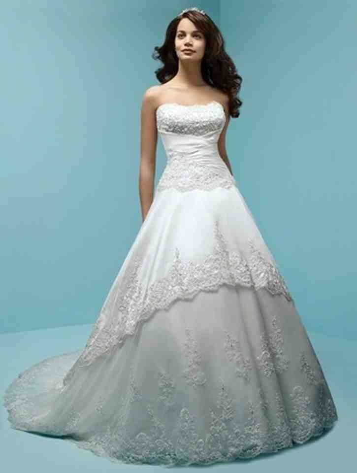 61 best lace wedding dress images on Pinterest | Wedding dressses ...