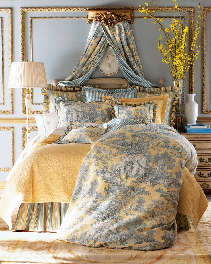 french country toile designer bedding duvet cover comforter quilt set in linen cotton with ruffles and