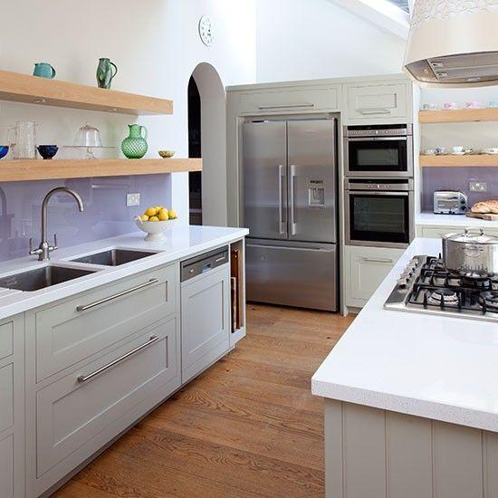 Modern kitchen with sleek and stylish units | Kitchen decorating