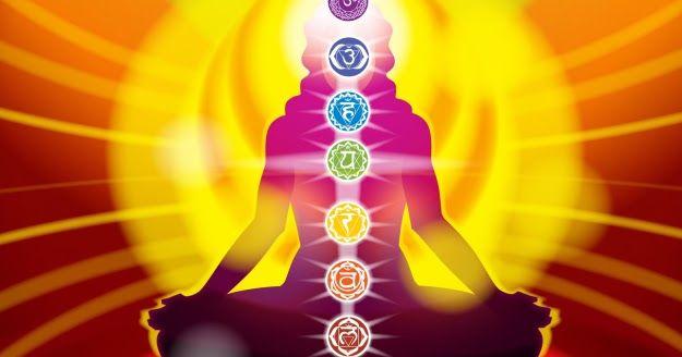 Ez a meditáció tested gyógyítására és tisztítására való, és arra, hogy mozgásba hozd energiáidat. Különösen hasznos reggelente ébredés után, vagy bármely meditáció elején, vagy bármikor, ha pihenni és felfrissülni vágysz: Feküdj hanyatt, karjaid tested mellett, kezeid összekulcsolva gyomrodon. Csukd be szemed, lazulj el, és lélegezz puhán, mélyen és lassan. Képzelj el egy izzó aranygömböt fejtetőd körül. / Teremtő képzelet/Vizualizáció: Az energiaközpontok megnyitása ~ fényörvény