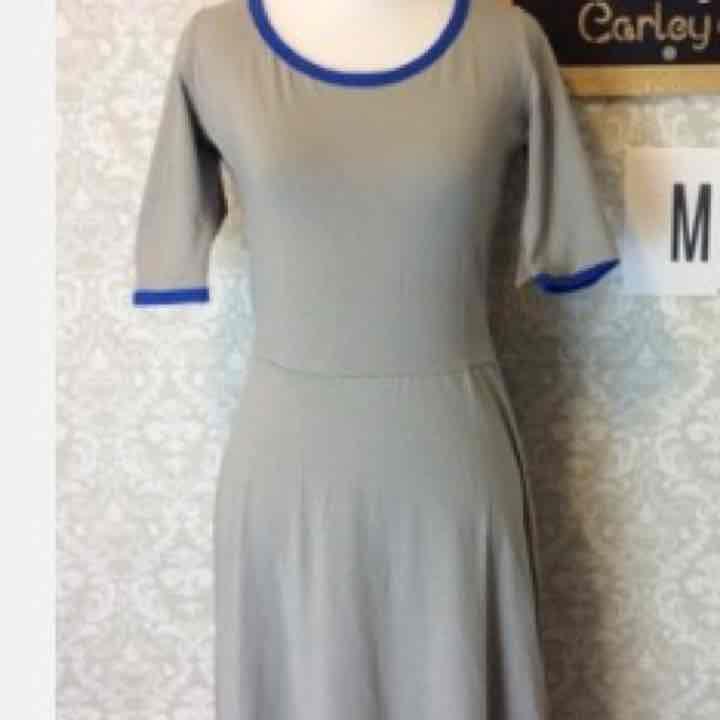 Medium grey Ana LuLaRoe BNWT - Mercari: Anyone can buy & sell